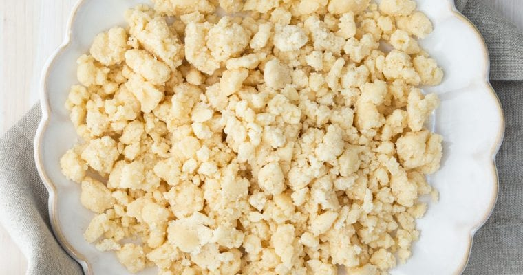 Easy Streusel Crumb Topping: Light & Buttery Ready In 5 Minutes